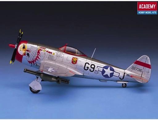 Scalehobbyist com: P-47D Thunderbolt by Academy Models