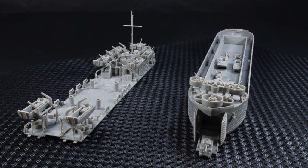 AFV Club 1:350 73515 US Navy LST1 Class Type II WW2 Landing Tank Model Ship Kit