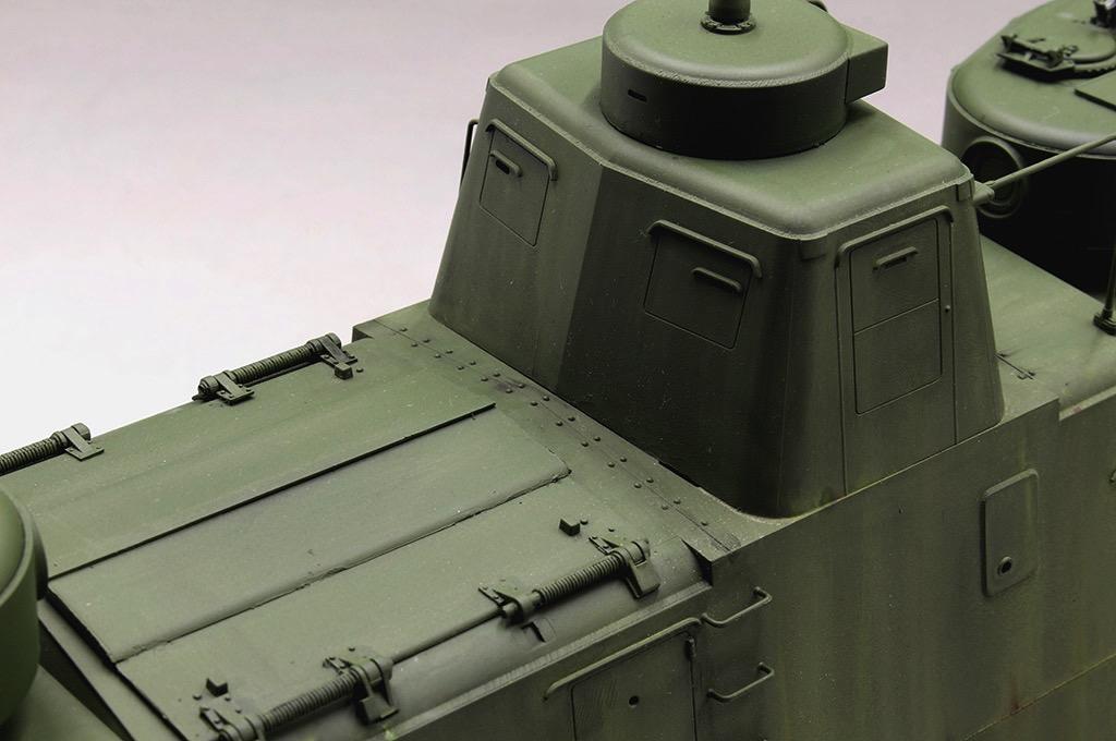 1//144 WWII Russian MBV-2 Armored Train //w rail base green